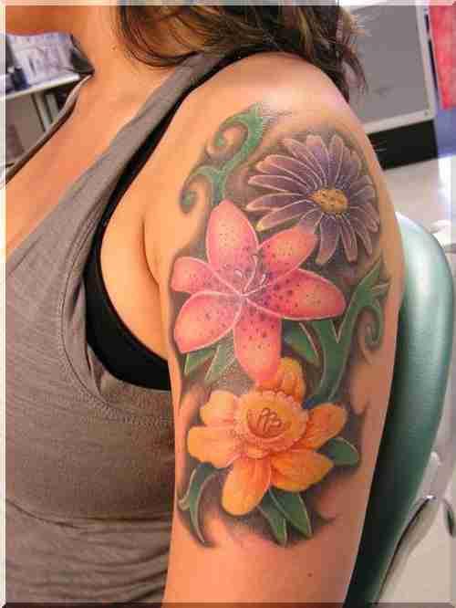 Tatuaże Dla Dziewczyn Fotografia Dziewczyny Tatuaż Na